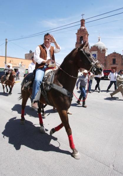 arisyóteles a caballo